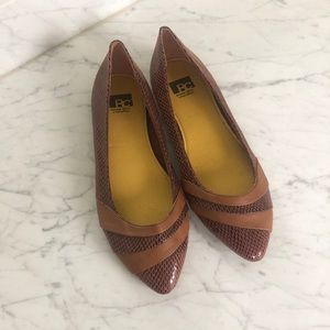 BC embossed snake & leather flats NWOB
